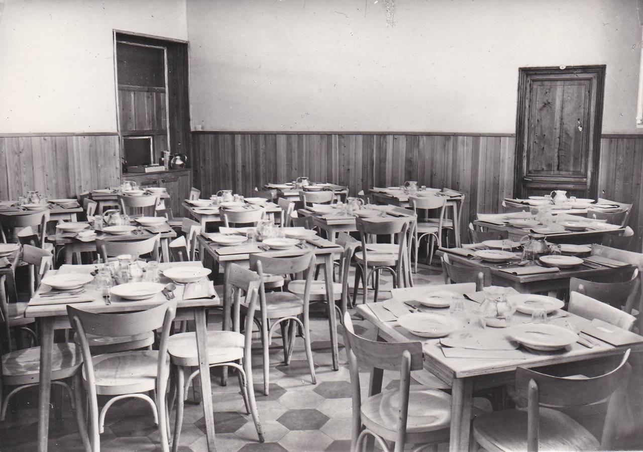 Istituto Bancalari Artigianelli Chiavari sala pranzo