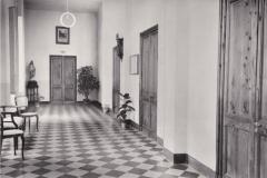 Istituto Bancalari Artigianelli Chiavari corridoio aule